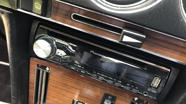 1982 Mercedes 500 SL For Sale (picture 71 of 202)
