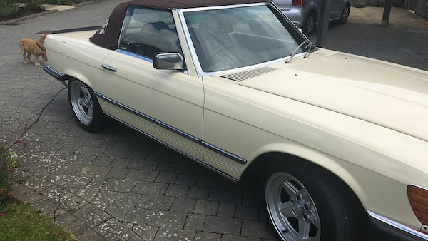 1985 Mercedes 500 SL For Sale (picture 22 of 58)