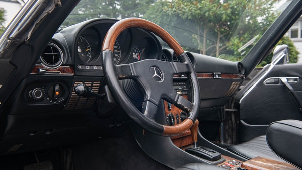 1985 Mercedes-Benz 500 SL LHD For Sale (picture 26 of 175)