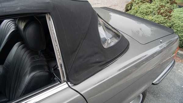 1985 Mercedes-Benz 500 SL LHD For Sale (picture 76 of 175)