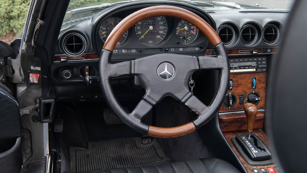 1985 Mercedes-Benz 500 SL LHD For Sale (picture 37 of 175)
