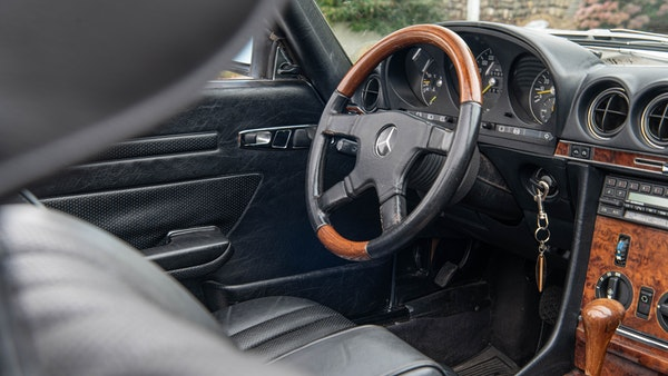 1985 Mercedes-Benz 500 SL LHD For Sale (picture 53 of 175)