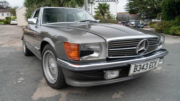 1985 Mercedes-Benz 500 SL LHD For Sale (picture 15 of 175)
