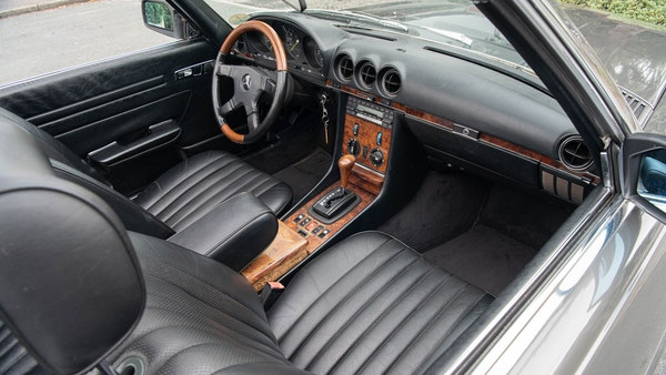 1985 Mercedes-Benz 500 SL LHD For Sale (picture 48 of 175)