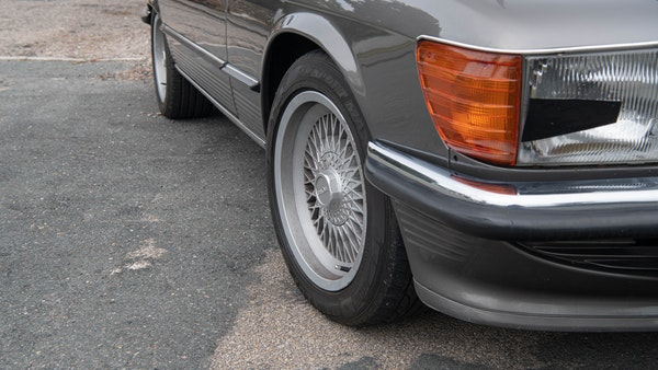 1985 Mercedes-Benz 500 SL LHD For Sale (picture 88 of 175)