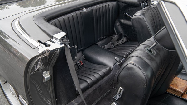1985 Mercedes-Benz 500 SL LHD For Sale (picture 45 of 175)
