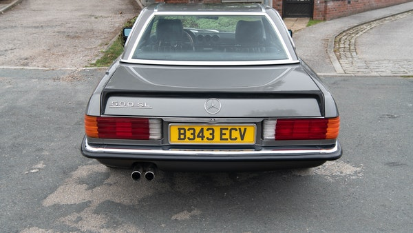 1985 Mercedes-Benz 500 SL LHD For Sale (picture 114 of 175)