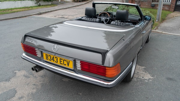 1985 Mercedes-Benz 500 SL LHD For Sale (picture 126 of 175)