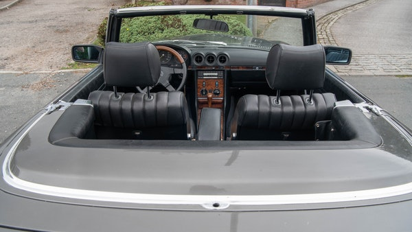 1985 Mercedes-Benz 500 SL LHD For Sale (picture 127 of 175)