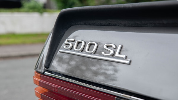 1985 Mercedes-Benz 500 SL LHD For Sale (picture 119 of 175)
