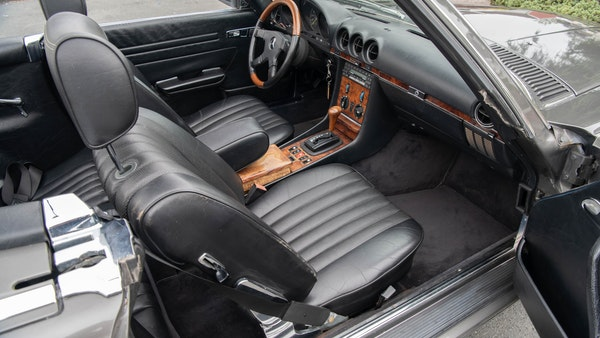 1985 Mercedes-Benz 500 SL LHD For Sale (picture 44 of 175)