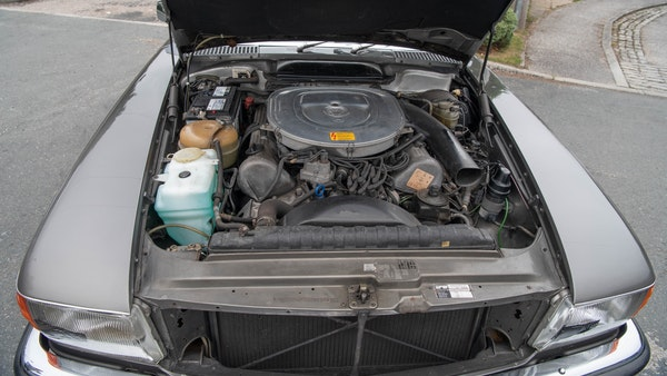 1985 Mercedes-Benz 500 SL LHD For Sale (picture 132 of 175)