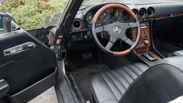 1985 Mercedes-Benz 500 SL LHD For Sale (picture 46 of 175)