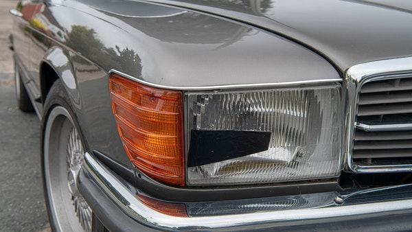 1985 Mercedes-Benz 500 SL LHD For Sale (picture 95 of 175)