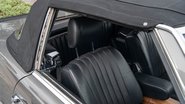 1985 Mercedes-Benz 500 SL LHD For Sale (picture 80 of 175)