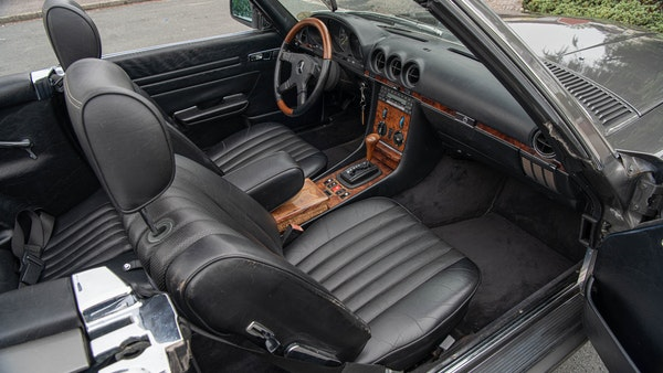 1985 Mercedes-Benz 500 SL LHD For Sale (picture 58 of 175)