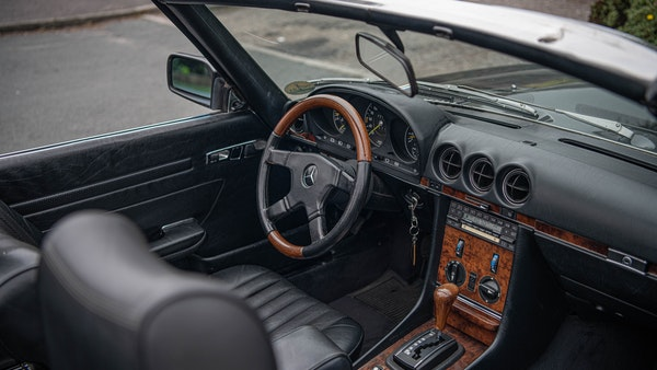 1985 Mercedes-Benz 500 SL LHD For Sale (picture 49 of 175)