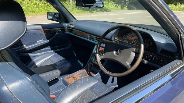 1989 Mercedes 560 SEC For Sale (picture 26 of 79)
