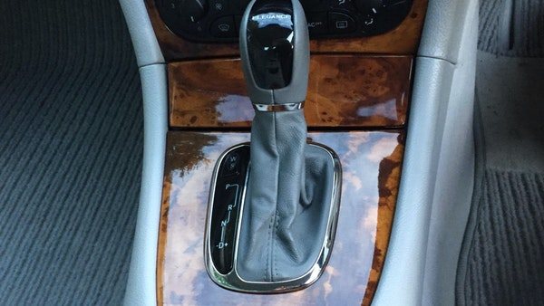 2002 Mercedes-Benz CLK 200 Elegance For Sale (picture 44 of 89)