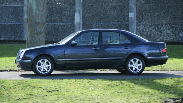 2002 Mercedes-Benz E240 Elegance For Sale (picture 13 of 95)