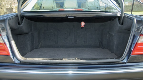 2002 Mercedes-Benz E240 Elegance For Sale (picture 82 of 95)