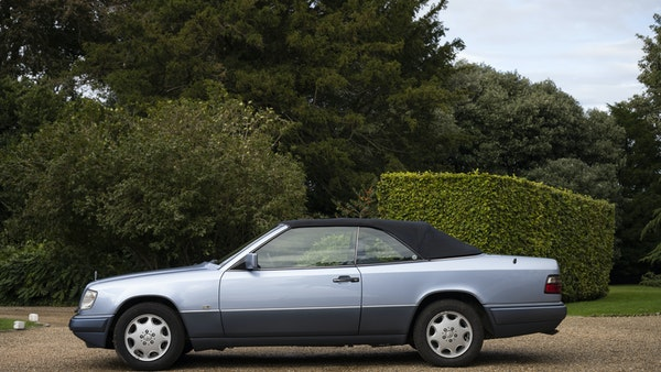 1993 Mercedes-Benz E320 Cabriolet For Sale (picture 15 of 156)