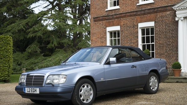 1993 Mercedes-Benz E320 Cabriolet For Sale (picture 14 of 156)
