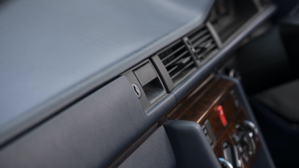 1993 Mercedes-Benz E320 Cabriolet For Sale (picture 32 of 156)