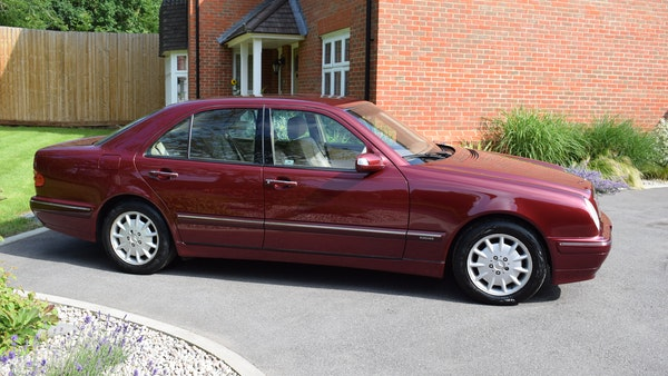 RESERVE LOWERED -1999 Mercedes-Benz E320 CDi Elegance For Sale (picture 12 of 105)