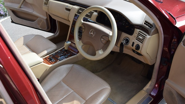 RESERVE LOWERED -1999 Mercedes-Benz E320 CDi Elegance For Sale (picture 18 of 105)
