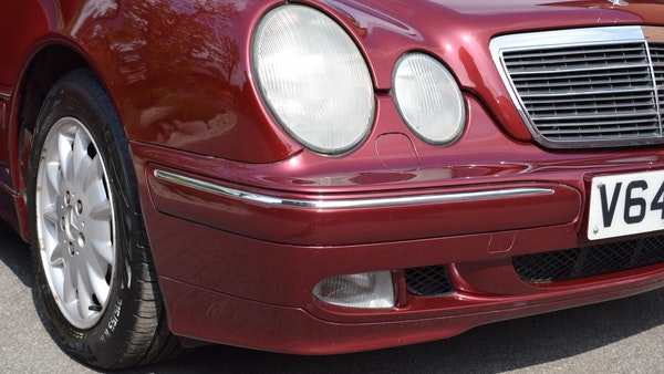 RESERVE LOWERED -1999 Mercedes-Benz E320 CDi Elegance For Sale (picture 70 of 105)