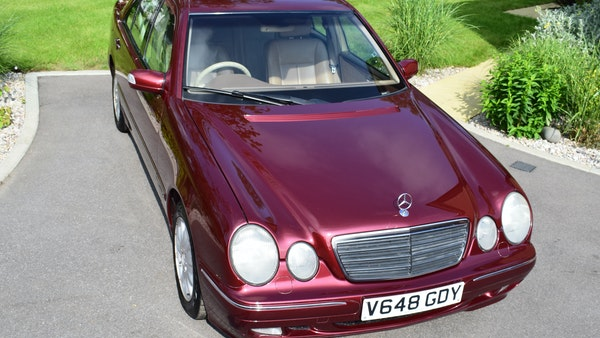 RESERVE LOWERED -1999 Mercedes-Benz E320 CDi Elegance For Sale (picture 3 of 105)