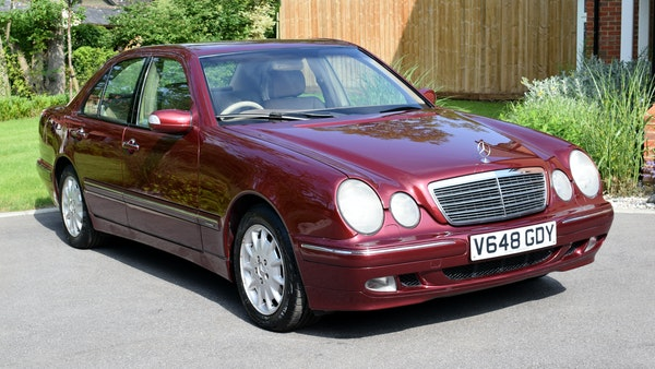 RESERVE LOWERED -1999 Mercedes-Benz E320 CDi Elegance For Sale (picture 1 of 105)