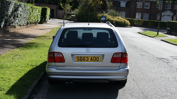 1998 Mercedes-Benz E55 AMG Estate For Sale (picture 22 of 175)