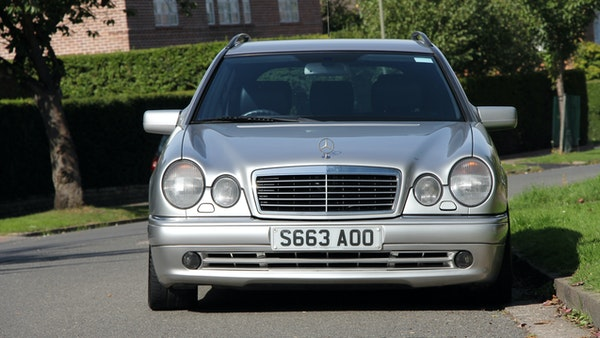 1998 Mercedes-Benz E55 AMG Estate For Sale (picture 5 of 175)