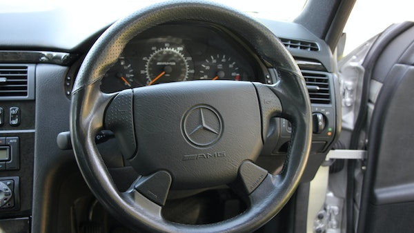 1998 Mercedes-Benz E55 AMG Estate For Sale (picture 31 of 175)