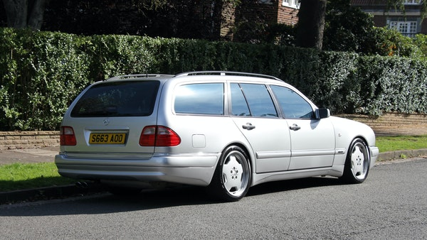 1998 Mercedes-Benz E55 AMG Estate For Sale (picture 19 of 175)