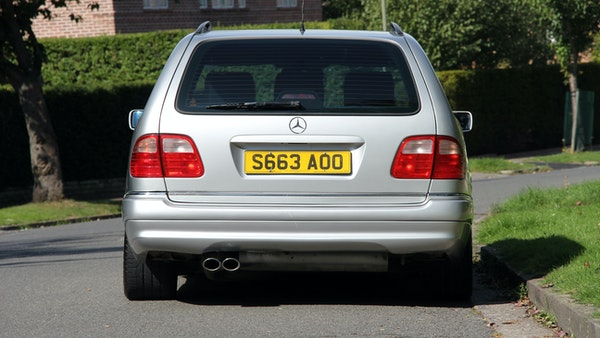 1998 Mercedes-Benz E55 AMG Estate For Sale (picture 17 of 175)