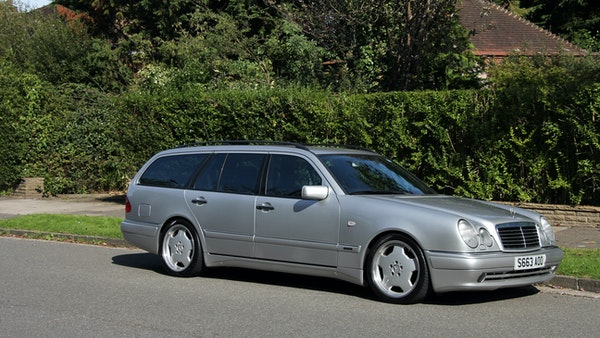 1998 Mercedes-Benz E55 AMG Estate For Sale (picture 8 of 175)