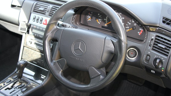 1998 Mercedes-Benz E55 AMG Estate For Sale (picture 33 of 175)