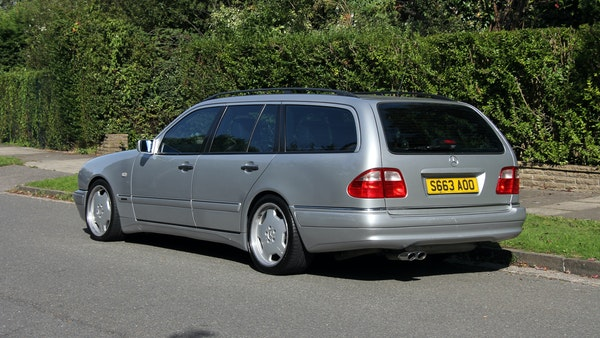 1998 Mercedes-Benz E55 AMG Estate For Sale (picture 18 of 175)
