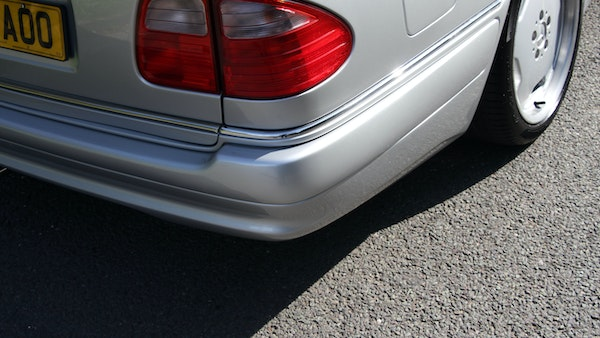 1998 Mercedes-Benz E55 AMG Estate For Sale (picture 74 of 175)