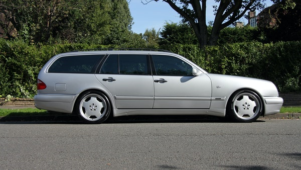 1998 Mercedes-Benz E55 AMG Estate For Sale (picture 4 of 175)