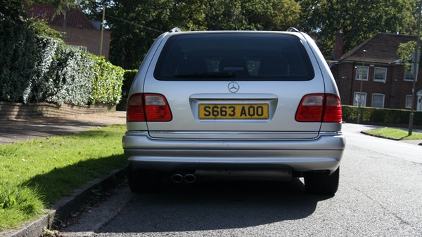 1998 Mercedes-Benz E55 AMG Estate For Sale (picture 16 of 175)
