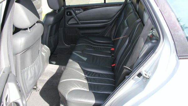 1998 Mercedes-Benz E55 AMG Estate For Sale (picture 28 of 175)