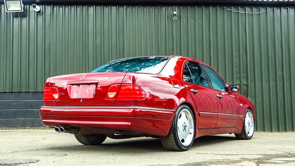 1999 Mercedes E55 AMG For Sale (picture 23 of 130)