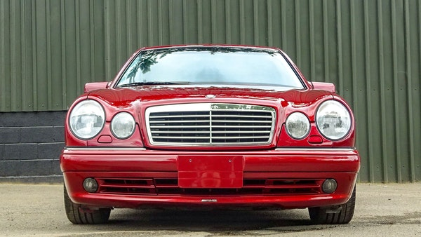 1999 Mercedes E55 AMG For Sale (picture 8 of 130)
