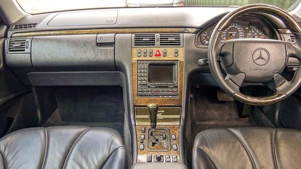 1999 Mercedes E55 AMG For Sale (picture 44 of 130)
