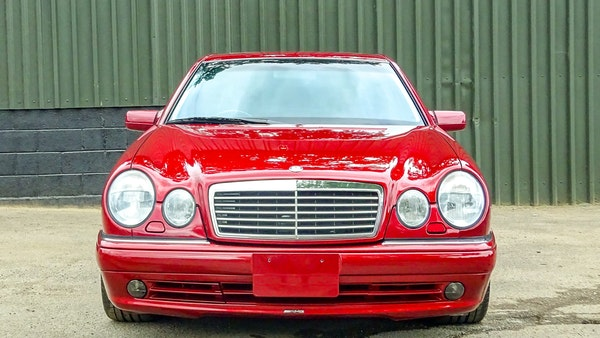 1999 Mercedes E55 AMG For Sale (picture 9 of 130)