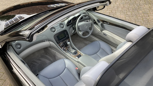 2006 Mercedes SL 350 Convertible For Sale (picture 22 of 94)